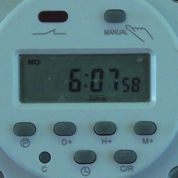 WEB clock   e
