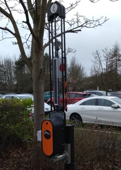 Mobile traffic barrier